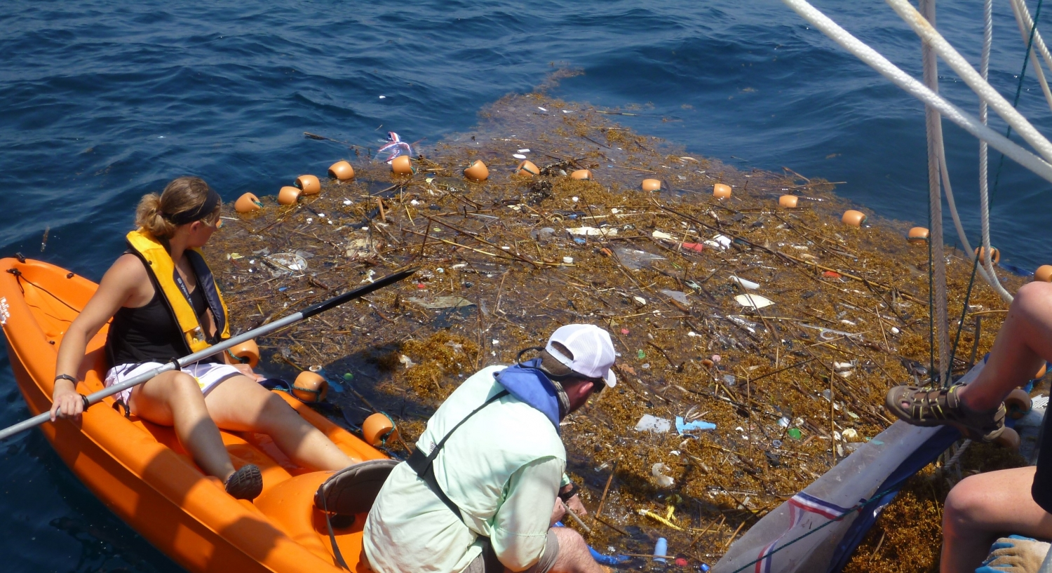 marine debris Marine debris comes in many forms, from a cigarette butt tossed on the beach to a 4,000-pound tangle of derelict fishing nets caught on a coral reef.