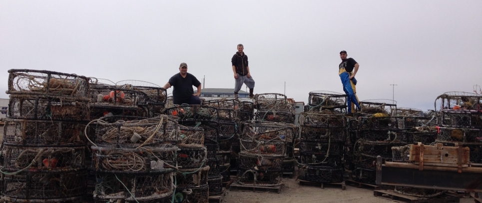 Captain John Beardon, and Deckhands Carl Wakefield and Bob Banks recovered more than 300 traps in Crescent a City (Photo Credit: J. Renzullo, California Lost Fishing Gear Recovery Project, UC Davis)