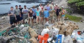 HWF volunteers removing debris from Kamilo.